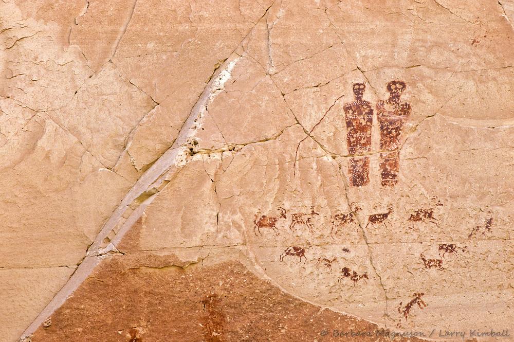 Circle of bighorn sheep & burial figures, High Gallery pictograph panel, Horseshoe Canyon, Canyonlands NP., Utah