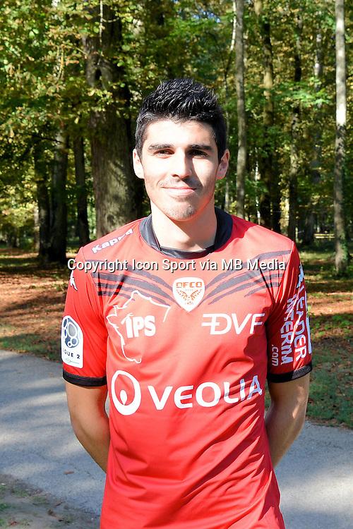 Pierre Lees-Melou  - 07.09.2015 - Photo Officielle de Dijon - ligue 2<br /> Photo : Vincent Poyet / Icon Sport