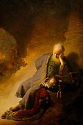 Rijksmuseum Amsterdam / National Museum Amsterdam-<br /> Titel/Title:Jeremia treurend over de verwoesting van Jeruzalem / Jeremia disappontment on the devestation of Jerusalem<br /> Jaartal/Year:1630<br /> Kunstenaar/Painter:Rembrandt Harmensz. van Rijn <br /> Techniek:Olieverf op paneel<br /> Afmetingen/Size:58 x 46 cm