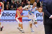 DESCRIZIONE : Campionato 2014/15 Dinamo Banco di Sardegna Sassari - Victoria Libertas Consultinvest Pesaro<br /> GIOCATORE : David Logan<br /> CATEGORIA : Palleggio Fallo<br /> SQUADRA : Dinamo Banco di Sardegna Sassari<br /> EVENTO : LegaBasket Serie A Beko 2014/2015<br /> GARA : Dinamo Banco di Sardegna Sassari - Victoria Libertas Consultinvest Pesaro<br /> DATA : 17/11/2014<br /> SPORT : Pallacanestro <br /> AUTORE : Agenzia Ciamillo-Castoria / Luigi Canu<br /> Galleria : LegaBasket Serie A Beko 2014/2015<br /> Fotonotizia : Campionato 2014/15 Dinamo Banco di Sardegna Sassari - Victoria Libertas Consultinvest Pesaro<br /> Predefinita :