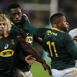 Faf de Klerk with Siya Kolisi (captain) of South Africa and Aphiwe Dyantyi of South Africa during the 2018 Castle Lager Incoming Series 3rd Test match between South Africa and England at Newlands Rugby Stadium,Cape Town,South Africa. 23,06,2018 Photo by (Steve Haag JMP)