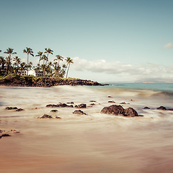 Ulua Beach photo in Wailea Makena Maui Hawaii with Kaho'olawe Island Reserve. Copyright ⓒ 2019 Paul Velgos with All Rights Reserved.