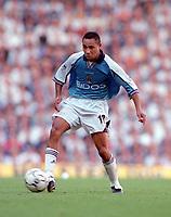 Jeff Whitley (Manchester City) Tottenham Hotspur v Manchester City, FA Premiership, 23/09/2000. Credit: Colorsport / Nick Kidd