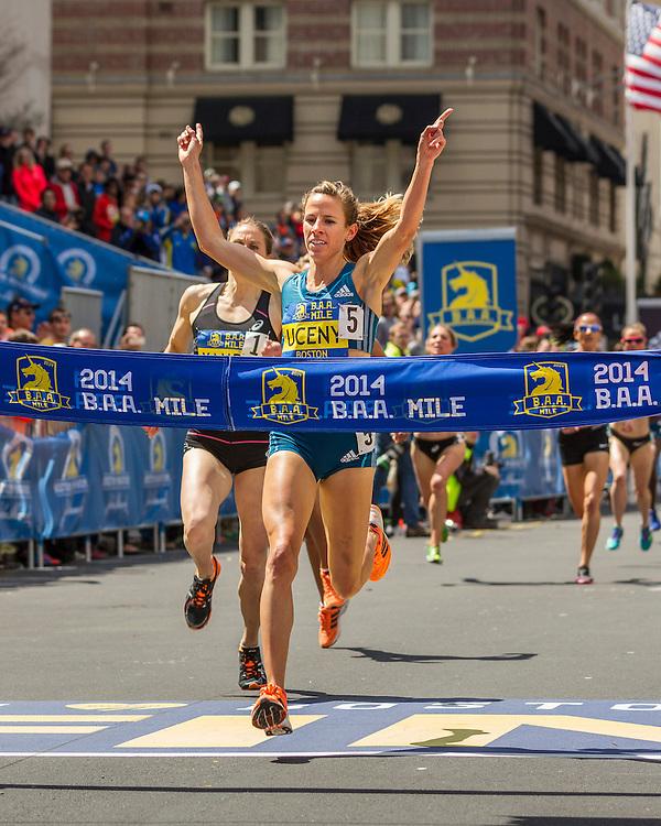 BAA Invitational Road Mile, Morgan Uceny wins
