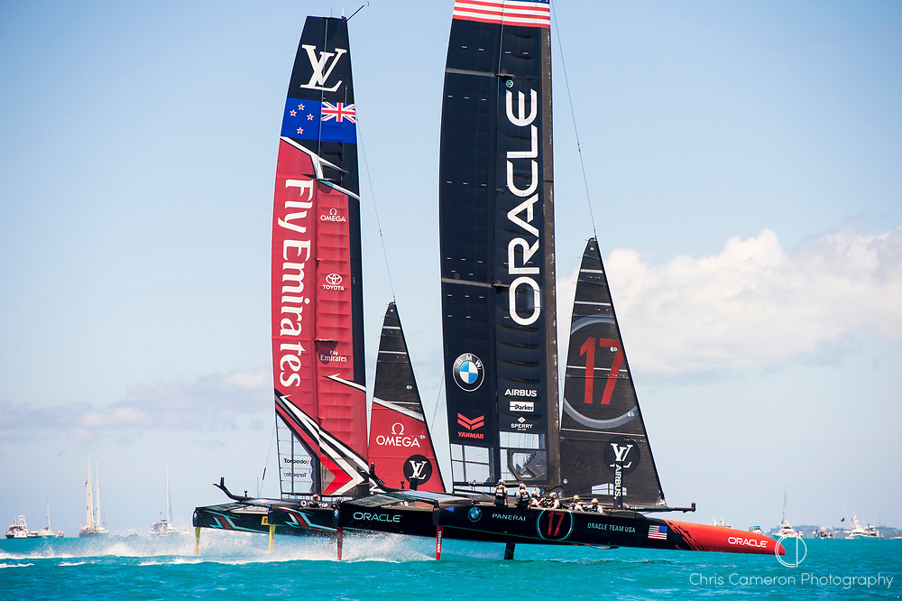 The Great Sound, Bermuda, 25th June 2017. Emirates Team New Zealand and Oracle Team USA start race seven. Day four of racing in the America's Cup presented by Louis Vuitton.