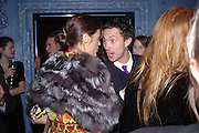 Yasmin le Bon and Dan Macmillan. Zac Posen Spring/ Summer collection launch party. The Blue Bar, Berkeley Hotel. London. 7 March 2004. Dafydd Jones,  ONE TIME USE ONLY - DO NOT ARCHIVE  © Copyright Photograph by Dafydd Jones 66 Stockwell Park Rd. London SW9 0DA Tel 020 7733 0108 www.dafjones.com