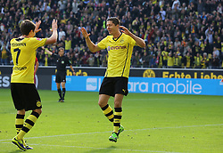28.09.2013, Signal Iduna Park, Dortmund, GER, 1. FBL, Borussia Dortmund vs SC Freiburg, 7. Runde, im Bild Doppeltorschuetze Robert Lewandowski #9 (Borussia Dortmund) bedankt sich bei Jonas Hofmann #7 (Borussia Dortmund) fuer dessen Vorlage zum 4:0, Emotion, Freude, Glueck // during the German Bundesliga 7th round match between Borussia Dortmund and SC Freiburg at the Signal Iduna Park, Dortmund, Germany on 2013/09/28. EXPA Pictures © 2013, PhotoCredit: EXPA/ Eibner/ Joerg Schueler<br /> <br /> ***** ATTENTION - OUT OF GER *****