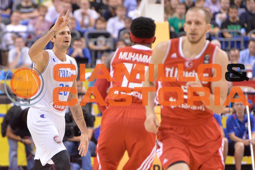 DESCRIZIONE : Berlino Berlin Eurobasket 2015 Group B Turkey Italy <br /> GIOCATORE : Andrea Cinciarini<br /> CATEGORIA : Mani schema<br /> SQUADRA : Italy<br /> EVENTO : Eurobasket 2015 Group B <br /> GARA : Turkey Italy<br /> DATA : 05/09/2015 <br /> SPORT : Pallacanestro <br /> AUTORE : Agenzia Ciamillo-Castoria/Mancini Ivan<br /> Galleria : Eurobasket 2015 <br /> Fotonotizia : Berlino Berlin Eurobasket 2015 Group B Turkey Italy
