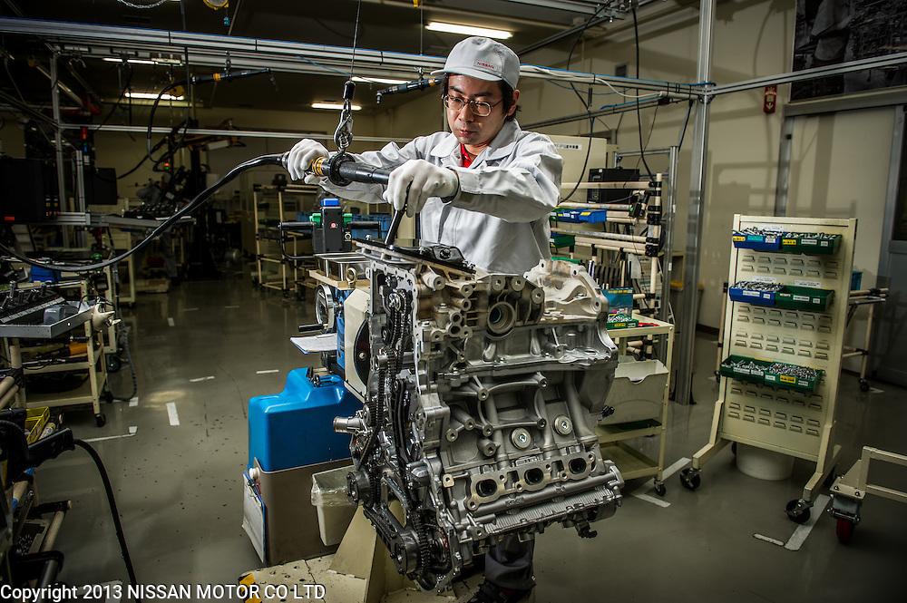 Yokohama Factory GT-R Engine Takumi. Izumi Shioya, Nobumitsu Gozu, Takumi Kurosawa, Tsunemi Oyama.