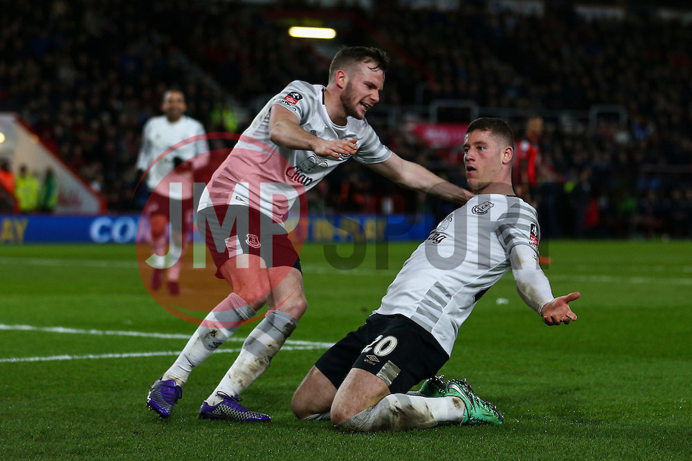 Goal, Ross Barkley of Everton scores, Bournemouth 0-1 Everton - Mandatory by-line: Jason Brown/JMP - Mobile 07966 386802 20/02/2016 - SPORT - FOOTBALL - Bournemouth, Vitality Stadium - AFC Bournemouth v Everton - The Emirates FA Cup