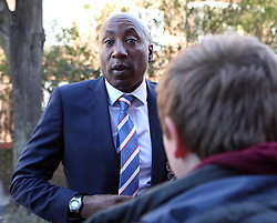 Queens Park Rangers Head Coach, Chris Ramsey arrives at Loftus Road - Photo mandatory by-line: Robbie Stephenson/JMP - Mobile: 07966 386802 - 07/03/2015 - SPORT - Football - London - Loftus Road - Queens Park Rangers v Tottenham Hotspur - Barclays Premier League
