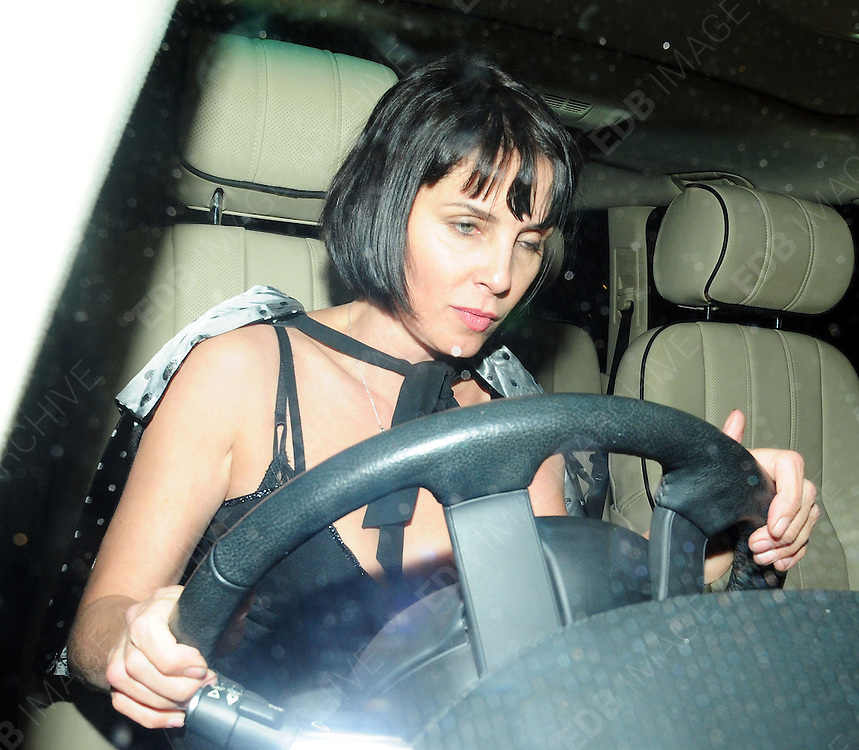 16.JAN.2009 - LONDON<br /> <br /> SADIE FROST ARRIVING AT KATE MOSS'S 35TH BIRTHDAY PARTY HELD AT THE MODELS HOME IN ST.JOHNS WOOD.<br /> <br /> BYLINE MUST READ : EDBIMAGEARCHIVE.COM<br /> <br /> *THIS IMAGE IS STRICTLY FOR UK NEWSPAPERS AND MAGAZINES ONLY*<br /> *FOR WORLD WIDE SALES AND WEB USE PLEASE CONTACT EDBIMAGEARCHIVE - 0208 954 5968*