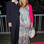 NLD/Amsterdam/20100929 - Pink Ribbon Gala 2010, Isabelle Brinkman en partner Rick