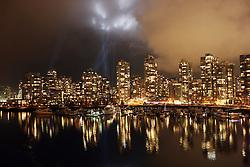 Olympic Winter Games Vancouver 2010 - Olympische Winter Spiele Vancouver 2010, Vancouver, City, Stadt, Reise, Reisen, Nacht, night, nachts, Nachtaufnahme,  Skyline, Haueser, Haus, Gebaeude, spiegelt, spigeln,  *** Local Caption *** +++ www.hoch-zwei.net +++ copyright: HOCH ZWEI / Malte Christians +++