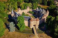 France, Cher (18), Berry, le château d'Ainay-le-Vieil, vue aérienne, route Jacques Coeur,// France, Cher (18), Berry, château d'Ainay-le-Vieil castle, aerial view, the Jacques Coeur road