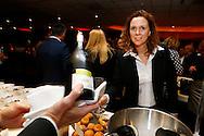 11-11-2015 VOETBAL:SMAAKPROEVERIJ WILLEM II:TILBURG<br /> De jaarlijkse wijn- en smaakproeverij in het Koning Willem II stadion voor de sponsors<br /> <br /> Paulien Heerius<br /> <br /> Foto: Geert van Erven