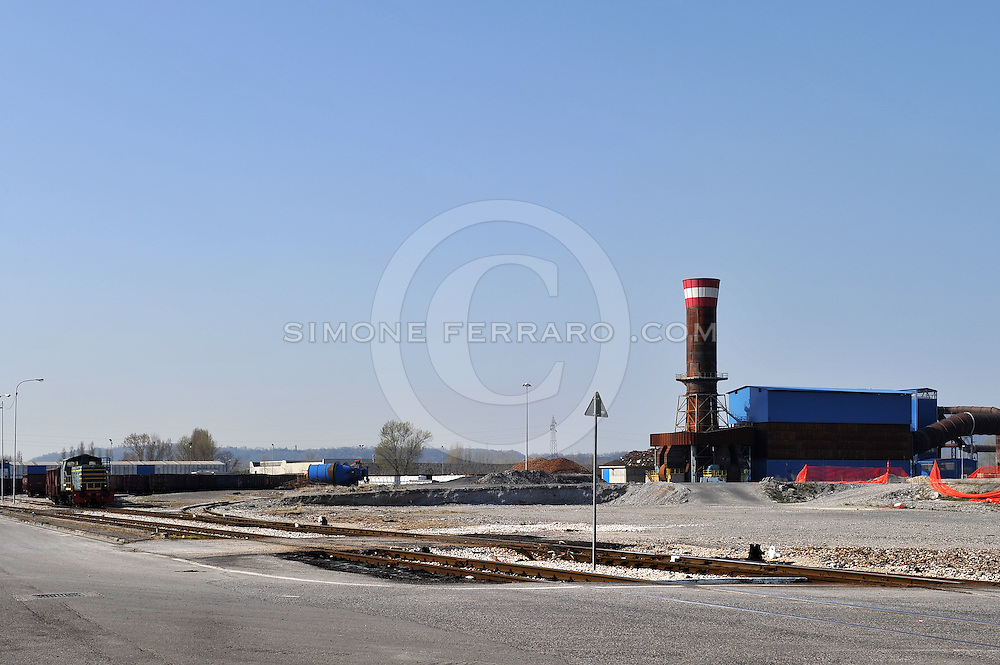 30/03/2011..INRAIL. Osoppo Zona Industriale..Foto di Simone Ferraro