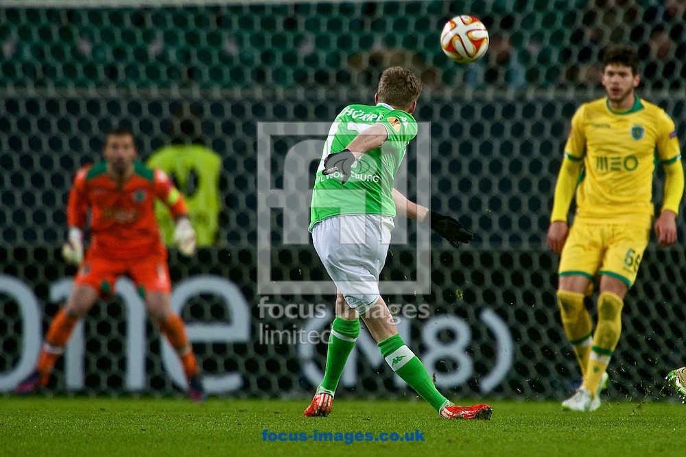 Andre Sch&uuml;rrle of VfL Wolfsburg shoots at goal during the UEFA Europa League match at Volkswagen Arena, Wolfsburg<br /> Picture by Ian Wadkins/Focus Images Ltd +44 7877 568959<br /> 19/02/2015