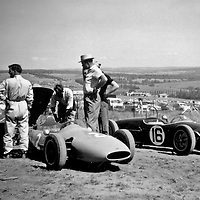 #2 Cooper 52 with Ford engine, driven Ray Cresp, #16 Lotus 18FJ-720 driven by Jack Holme, at the Rand Autumn Trophy at Kyalami, South Africa, 17 March 1962
