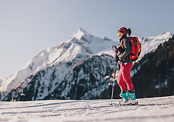 THEMENBILD - eine Skitournengeherin, aufgenommen am 22. Januar 2020 in Kaprun, Oesterreich // a ski tourer on her ascent in Kaprun, Austria on 2020/01/22. EXPA Pictures © 2020, PhotoCredit: EXPA/ JFK