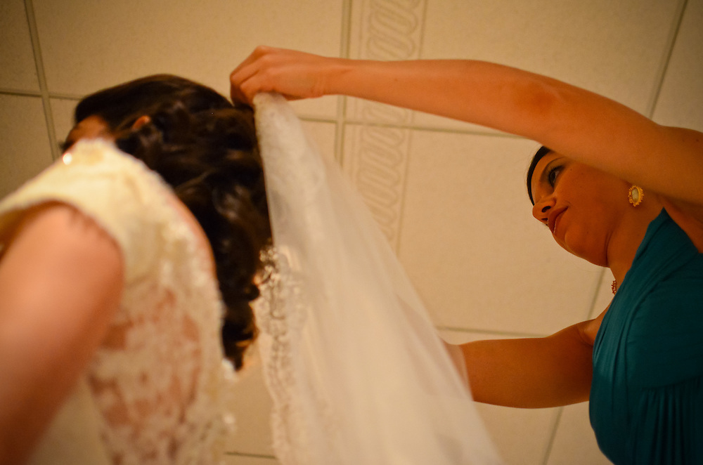 10/9/11 3:28:26 PM -- Zarines Negron and Abelardo Mendez III wedding Sunday, October 9, 2011. Photo©Mark Sobhani Photography