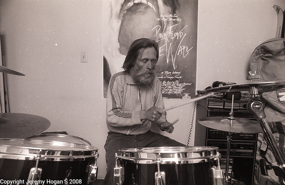 Skip Spence plays drums at the Fiji Fraternity house across from San Jose State University during early March 1994 in Downtown San Jose, Calif. Skip Spencer was once the drummer from Jefferson Airplane and the leader of the influential band Moby Grape. At age 21 Spencer had a nervous breakdown and spent the next three decades in and out of mental institutions and half way houses. In the 1960s Spence, who was often called Spencer, was friends with many in the San Francisco rock scene including Janis Joplin.
