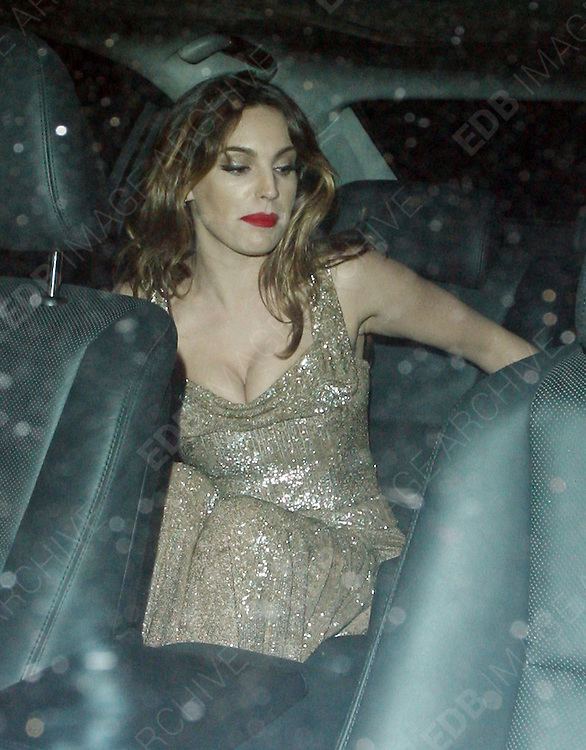 23.OCTOBER.2012. LONDON<br /> <br /> KELLY BROOK LEAVING THE SKYFALL PREMIERE WITH FRIENDS.<br /> <br /> BYLINE: EDBIMAGEARCHIVE.CO.UK<br /> <br /> *THIS IMAGE IS STRICTLY FOR UK NEWSPAPERS AND MAGAZINES ONLY*<br /> *FOR WORLD WIDE SALES AND WEB USE PLEASE CONTACT EDBIMAGEARCHIVE - 0208 954 5968*