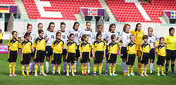 LLANELLI, WALES - Saturday, August 31, 2013: England players line-up before the Final of the UEFA Women's Under-19 Championship Wales 2013 tournament at Parc y Scarlets. (Pic by David Rawcliffe/Propaganda)