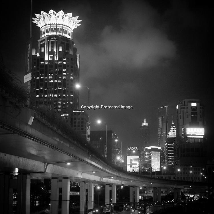 China, Shanghai.Urban highway, Yen'an road