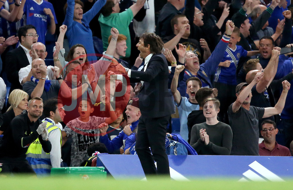 Chelsea manager Antonio Conte celebrates the win over West Ham United at full time - Mandatory by-line: Robbie Stephenson/JMP - 15/08/2016 - FOOTBALL - Stamford Bridge - London, England - Chelsea v West Ham United - Premier League