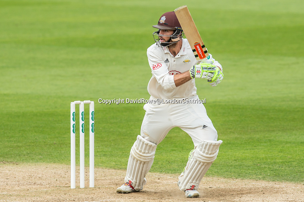 London,UK. 29 August 2017. Ben Foakes batting for Surrey against Middlesex at the Oval on day two of the Specsaver County Championship match at the Oval. David Rowe/ Alamy Live News