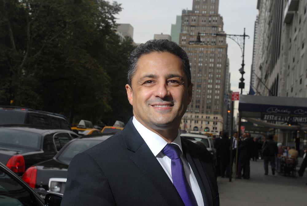 HSBC - Thought Exchange New York - exchange finalists visit Verrex in Mountainside, NJ. Khalid Thabeth, (MD, Advanced Sensors LTD)