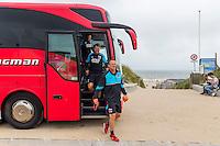 BERGEN AAN ZEE - 25-07-2016, strandtraining AZ, AZ trainer John van den Brom
