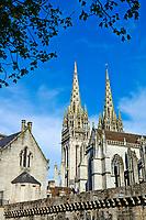 France, Bretagne, Finistère (29), Quimper, cathedrale Saint Corentin // France, Briitany, Finistere, Quimper, St Corentin cathedral