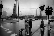 Berlin, Germany photographed on the days leading up to the fall of the Berlin Wall including the night of the Wall being breached and the following days in November 1989<br /> The photographs show the first breach of the Wall on the late evening of 9th November 1989 at the junction of Bernauer Strasse and Eberswalder Strasse in East Berlin. Pictures also show the Brandenburg Gate, Brandenburger Tor at night (10 Novemeber 1989) photographed from the east looking west and guarded by the East German Border Force and also photographed from the west showing West Germans being hosed off the wall at the Brandenburg Gate. These scans were made in 2017