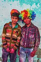 Inde, Rajasthan, Jaipur, enfants lors de la fête de Holi // India, Rajasthan, Jaipur, children during Holi festival