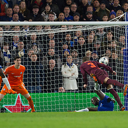 Gerard Pique of Barcelona heads at goal during the Champions League match between Chelsea and Brcelona at Stamford Bridge, London on Tuesday 20th February 2018.  (C) Steven Morris | SportPix.org.uk