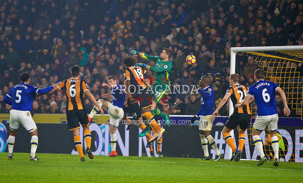 KINGSTON-UPON-HULL, ENGLAND - Friday, December 30, 2016: Everton score an equalising goal as a blunder between Hull City's Dieumerci Mbokani and goalkeeper David Marshall leads to an own-goal during the FA Premier League match at the KCOM Stadium. (Pic by David Rawcliffe/Propaganda)