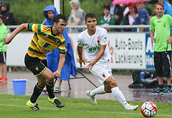 26.07.2015, Prien am Chiemsee, GER, Testspiel, FC Augsburg vs Norwich City, im Bild Bastian Kurz (FC Augsburg #26, re.Zweikampf gegen Jonny Howson (Norwich City FC) // during the International Friendly Football Match between FC Augsburg and Norwich City in Prien am Chiemsee, Germany on 2015/07/26. EXPA Pictures © 2015, PhotoCredit: EXPA/ Eibner-Pressefoto/ Krieger<br /> <br /> *****ATTENTION - OUT of GER*****