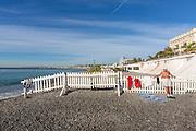 Toursite sur la plage de Nice  // Tourist at Nice beach