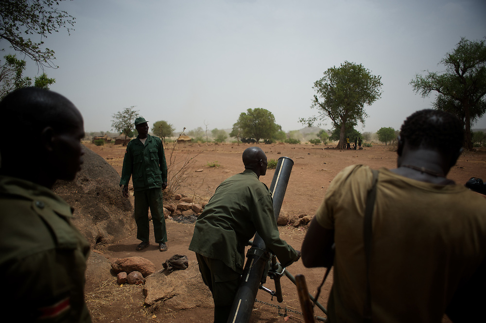 May 02, 2012 - Kauda, Nuba Mountains, South Kordofan, Sudan: Sudan People?s Liberation Movement (SPLA-N) rebel fighters take defensive positions in Jebel Kwo military base, ahead of an attack on Sudan's Armed Forces (SAF) positions near Tess village in the rebel-held territory of the Nuba Mountains in South Kordofan. ..SPLA-North, a historical ally of SPLA, South Sudan's former rebel forces, has since last June being fighting the Sudanese Army Forces (SAF) over the right to autonomy and of the end of persecution of Nuba people by the regime of President Bashir. (Paulo Nunes dos Santos/Polaris)