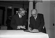 01/06/1964<br /> 06/01/1964<br /> 01 June 1964<br /> Language Organisations reception at the Shelbourne Hotel, Dublin for signing of declaration regarding the future of the Irish language. Among the leading personalities gathered to sign the National Declaration regarding the future of the Irish Language were Proinnsios Moc a'Bheatha, (Glun na Bua) and Daithi O'Ceileachair, (Ard Runai Cumann na Muinteoiri).