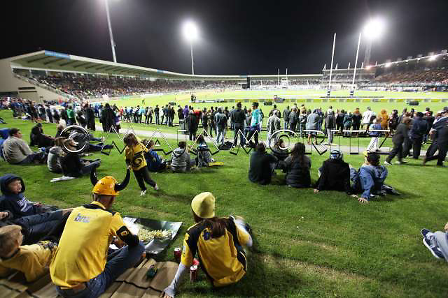 McLean Park in Napier has a capacity of 22.000 seats for the Rugby WC 2011, pool matches with the teams of France, Canada and Japan will be played there