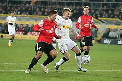 17.12.2011, BorussiaPark, Mönchengladbach, GER, 1.FBL, Borussia Mönchengladbach vs Mainz 05, im BildMalik Fathi (Mainz #18) (L) gegen Marco Reuss (Mönchengladbach #11) // during the 1.FBL, Borussia Mönchengladbach vs Mainz 05 on 2011/12/17, BorussiaPark, Mönchengladbach, Germany. EXPA Pictures © 2011, PhotoCredit: EXPA/ nph/ Mueller..***** ATTENTION - OUT OF GER, CRO *****