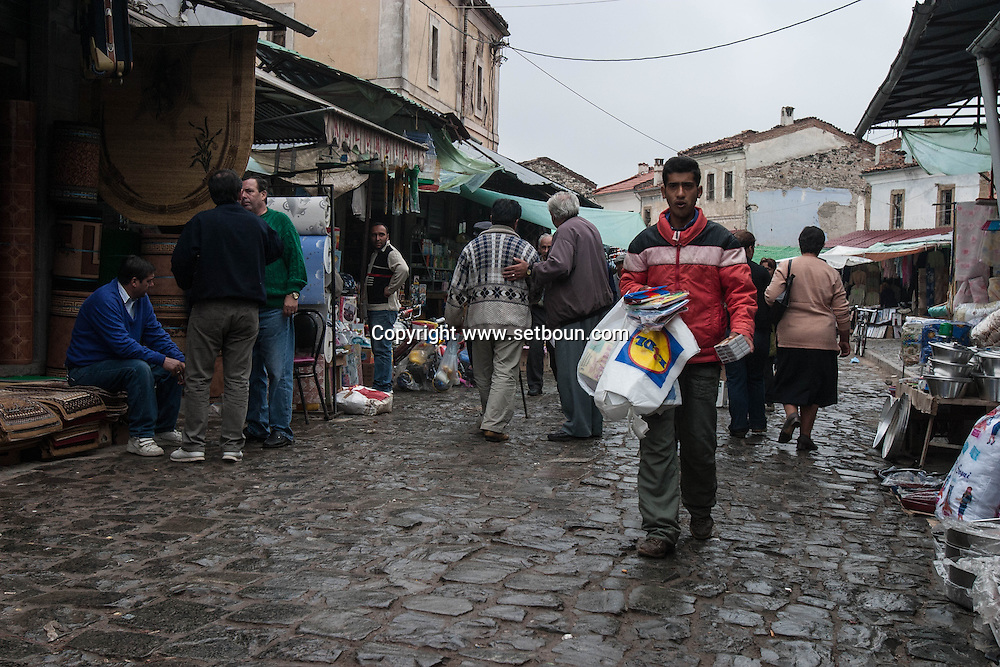 Albania. Albania. Korca. market in the old ottoman bazaar. today almost destroyed. Korca was one of the bigest bazaar in the oittoman empire. , /  marche dans l'ancien bazaar ottoman aujourd hui a moitie en ruine,