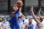 DESCRIZIONE : Cantu, Lega A 2015-16 Acqua Vitasnella Cantu' Enel Brindisi<br /> GIOCATORE : Adrian Banks<br /> CATEGORIA : Tiro<br /> SQUADRA : Enel Brindisi<br /> EVENTO : Campionato Lega A 2015-2016<br /> GARA : Acqua Vitasnella Cantu' Enel Brindisi<br /> DATA : 31/10/2015<br /> SPORT : Pallacanestro <br /> AUTORE : Agenzia Ciamillo-Castoria/I.Mancini<br /> Galleria : Lega Basket A 2015-2016  <br /> Fotonotizia : Cantu'  Lega A 2015-16 Acqua Vitasnella Cantu'  Enel Brindisi<br /> Predefinita :