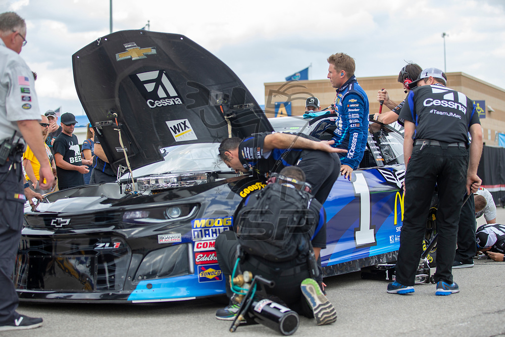 May 11, 2018 - Kansas City, Kansas, USA: Jamie McMurray (1) gets ready to qualify for the KC Masterpiece 400 at Kansas Speedway in Kansas City, Kansas.