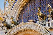 Bronze horses above the entrance to Basilica San Marco (Saint Mark's Cathedral), Venice, Veneto, Italy