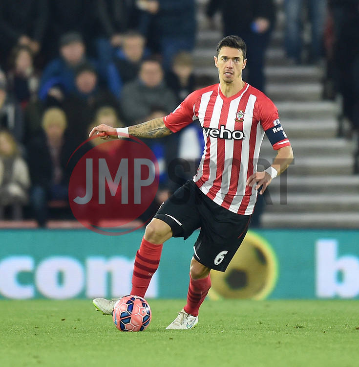 Southampton's Jose Fonte in action against Ipswich Town - Photo mandatory by-line: Paul Knight/JMP - Mobile: 07966 386802 - 04/01/2015 - SPORT - Football - Southampton - St Mary's Stadium - Southampton v Ipswich Town - FA Cup Third Round