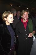 Rosie Boycott. How to be a Domestic Goddess. Nigella Lawson book party. 16 October 2000. © Copyright Photograph by Dafydd Jones 66 Stockwell Park Rd. London SW9 0DA Tel 020 7733 0108 www.dafjones.com
